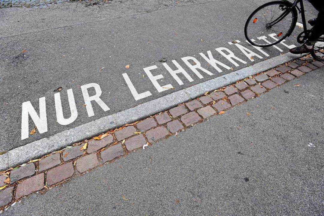 Platz  frei: Weil auf dem Land Lehrerm...t es in der Stadt viele Vertretungen.     Foto: Ingo Schneider