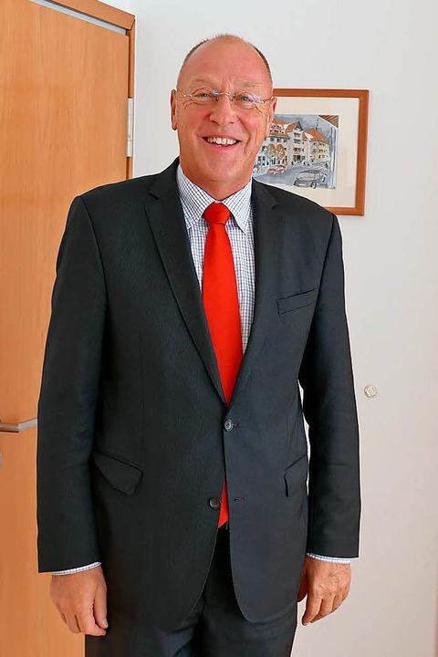 Theo Binninger, seit 21 Jahren Vorstan...er der Sparkasse Bonndorf-Stühlingen.   | Foto: Juliane Kühnemund