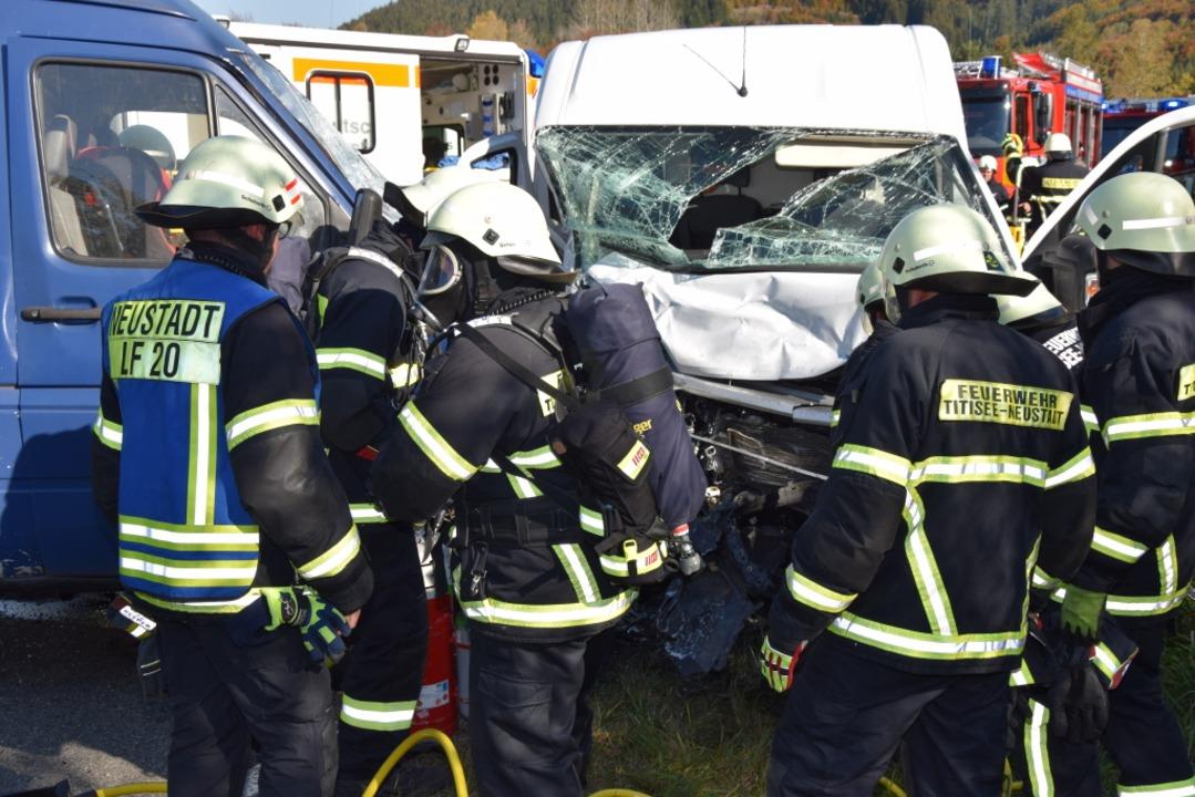 Die Unfallstelle auf der B31  | Foto: kamera24