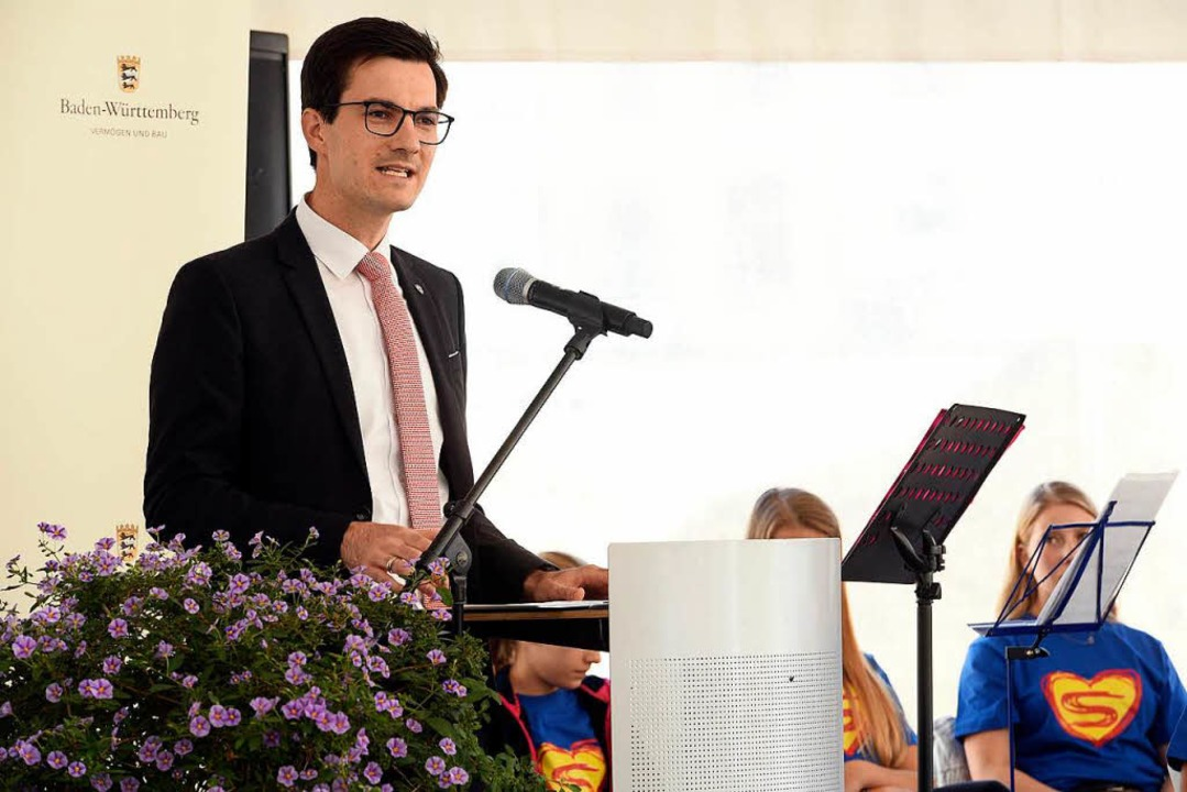 Oberbürgermeister Martin Horn bei seiner Rede  | Foto: Thomas Kunz