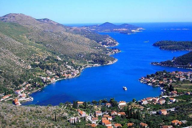 Genießen Sie den Frühling in Kroatien, mit Sonderflug ab Basel, Halbpension und Ausflügen auf Inseln und zu den PlitvicerSeen
