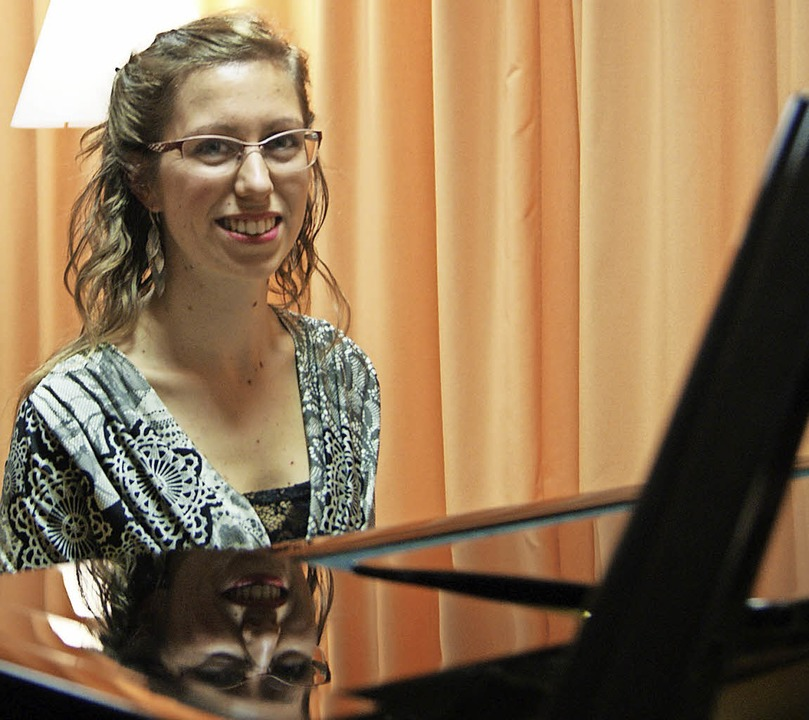 Die Pianistin und Musikwissenschaftler...igma-Zentrum für Patienten und Gäste.   | Foto: Maria Schlageter