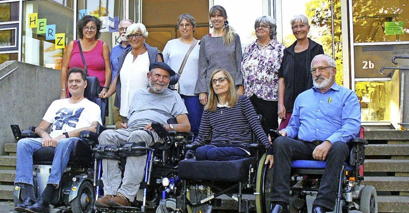 Neu gewählte zusammen mit bisherigen M... Menschen mit Behinderung am Wahltag.   | Foto: beirat