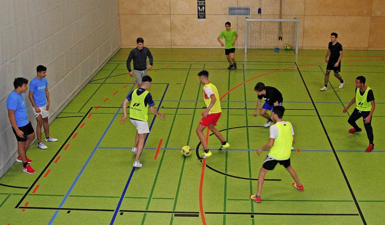 Fußball steht auch bei den Besuchern des Nachtsport-Angebots ganz hoch im Kurs.  | Foto: ARCHIVBILD: SEDLAK