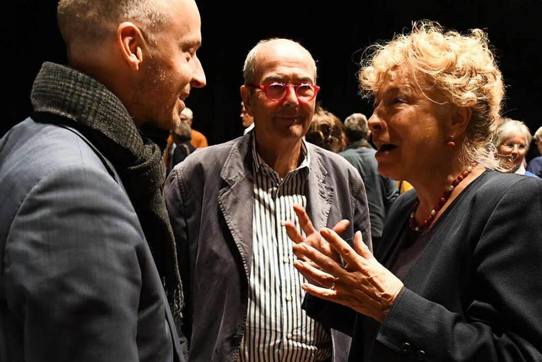 Gesine Schwan im Gespräche mit Tim Göb...-Stiftung) und Hans Schöpflin (Mitte).  | Foto: Barbara Ruda