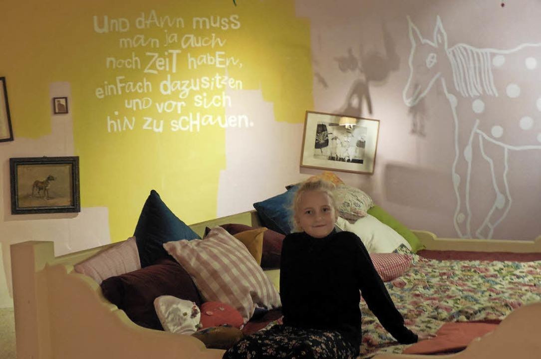 Ganz schön gemütlich, dieses Pippi-Lan...nieder – wie Milena aus der 4c.     Foto: Waltraud Riek