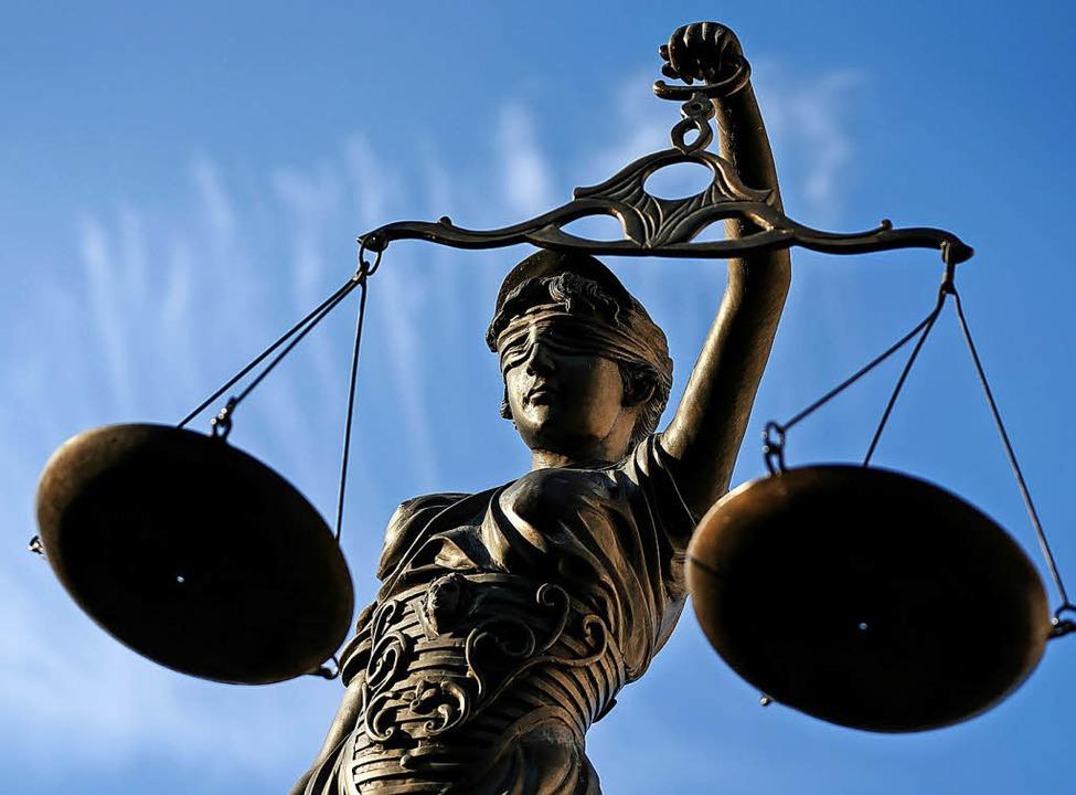 Das Bezirksgericht sprach den Angeklagten frei.   | Foto: Ebener (dpa)