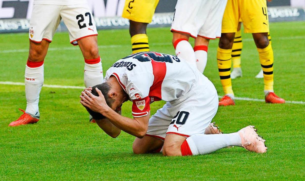 Stuttgarts Christian Gentner nach einem verschossenen Ball    Foto: AFP