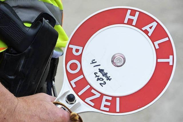 Polizei erwischt mutmaßliche Einbrecher bei Fahrzeugkontrolle in Zähringen