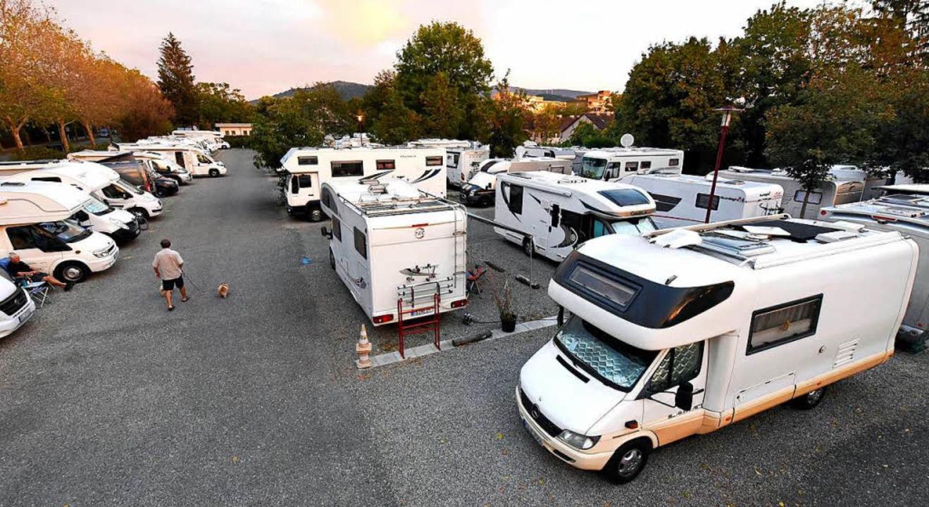 Oft stehen so viele Wohnmobile auf dem...ss neue Gäste abgewiesen werden müssen  | Foto: Thomas Kunz