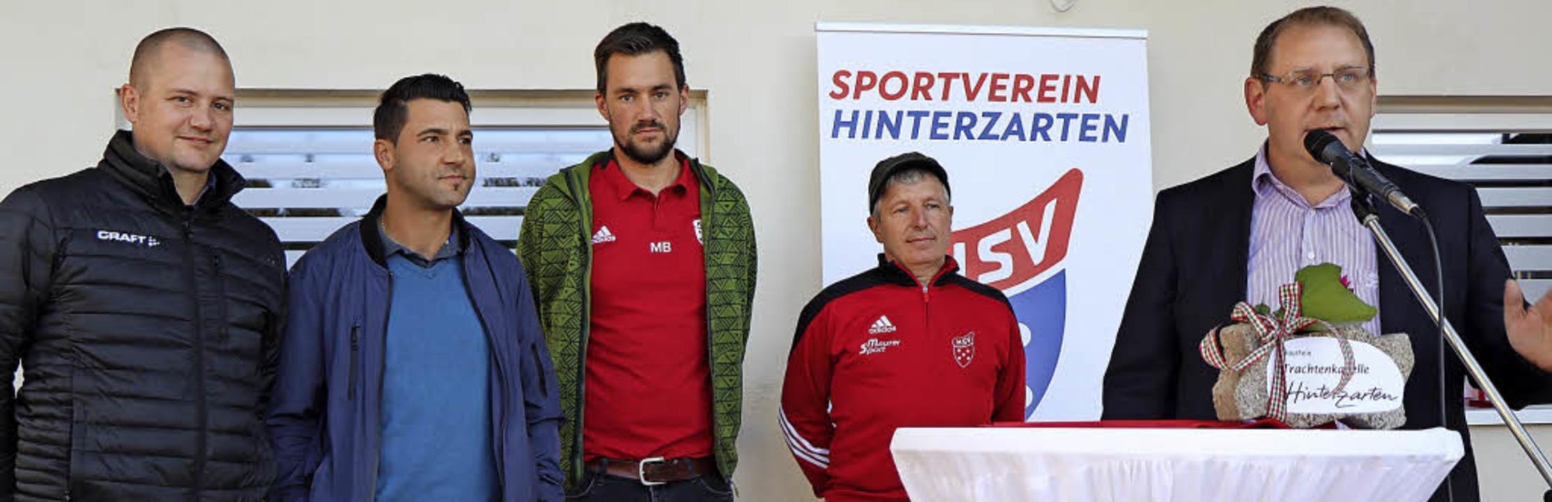 Das Bauteam mit Thorsten Kratzner, Lei... Können und hohe Einsatzbereitschaft.     Foto: Dieter Maurer
