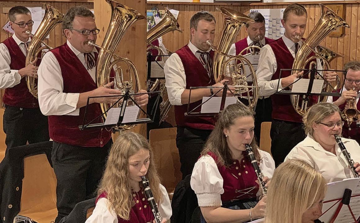 Beste Stimmung herrschte wieder beim W...elegte das Bass-Solo von Markus Böhler  | Foto: verein