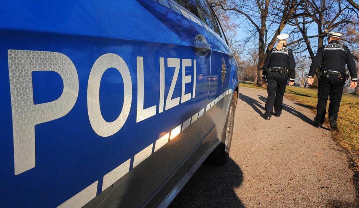 Nach Plänen des Landesinnenministers s... Polizisten mehr Kompetenzen erhalten.  | Foto: dpa