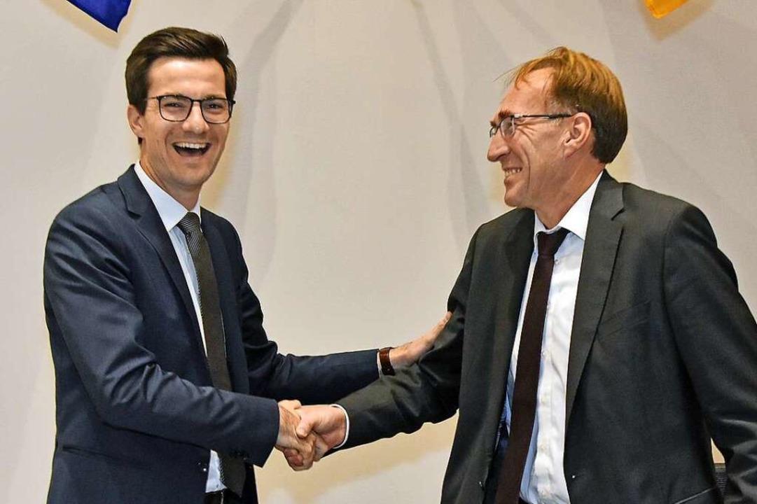 Gratulationen gab es am Dienstag im Ge...Oberbürgermeister Martin Horn (links).  | Foto: Michael Bamberger