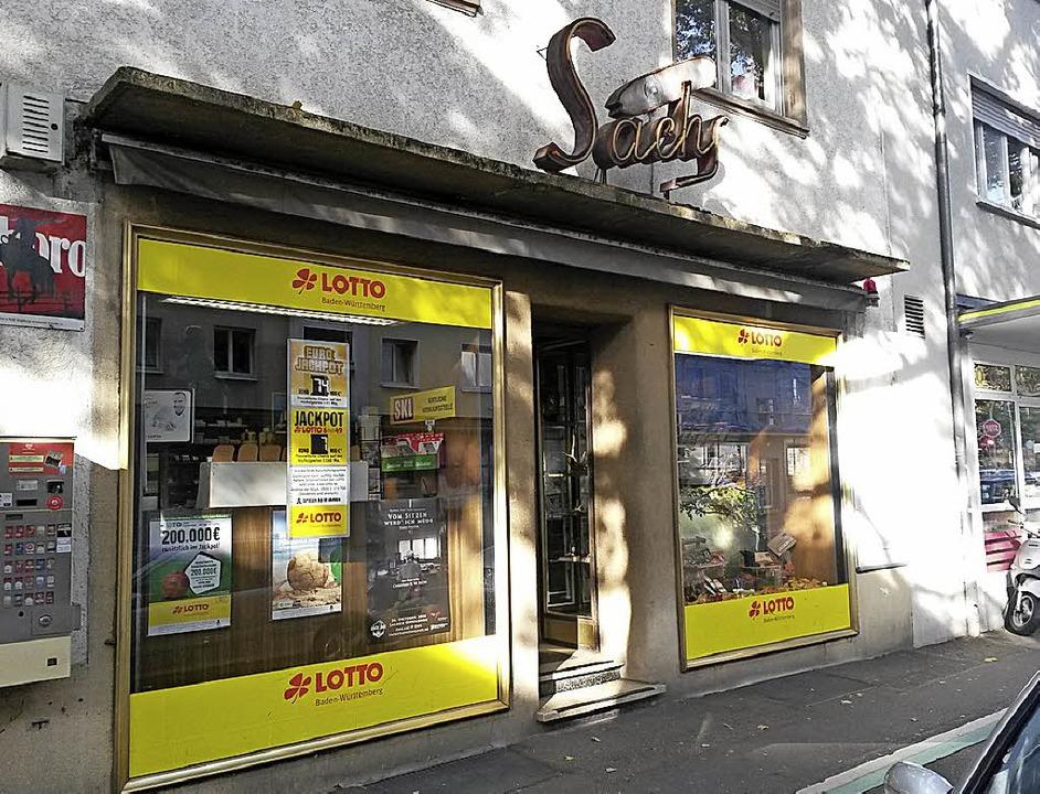 In der Oststadt eine Institution: Tabakwaren Sachs in der Weingartenstraße.    Foto: Dierk Knechtel