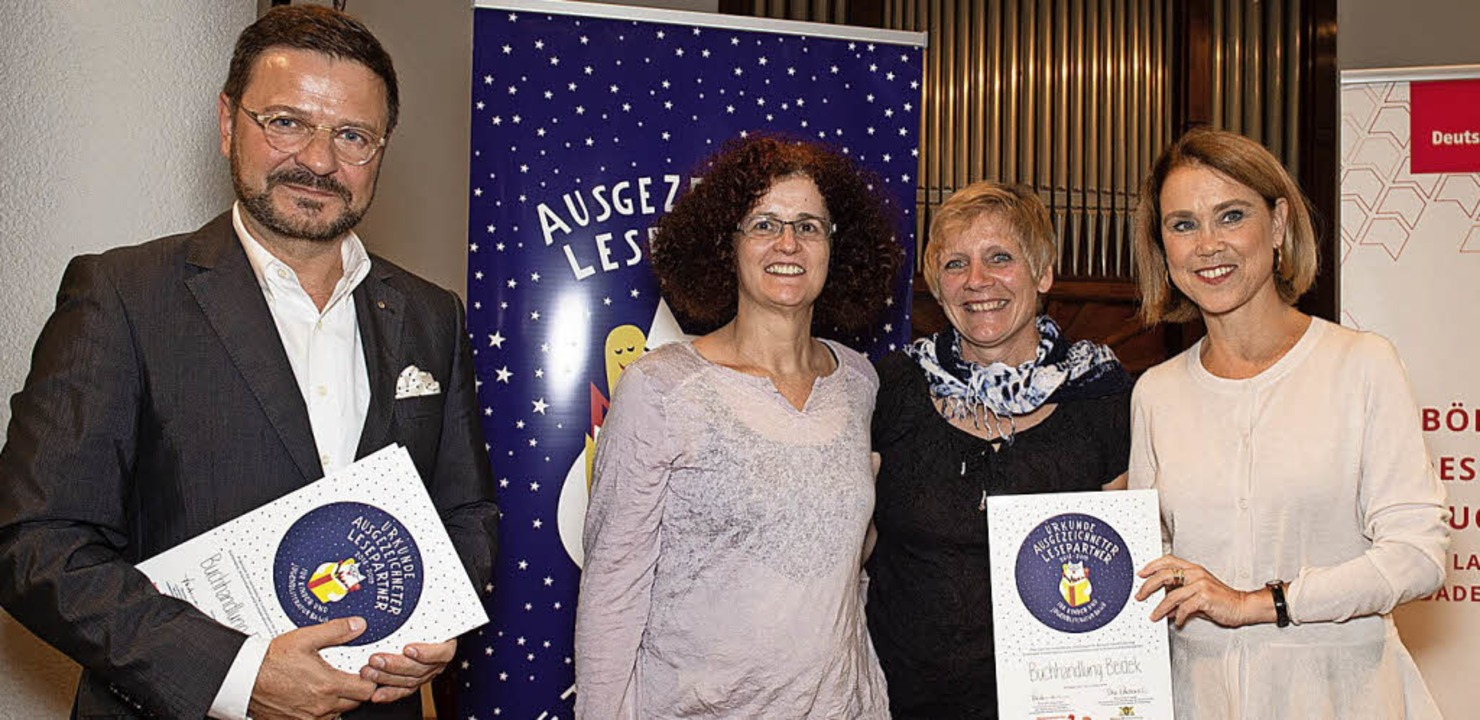 Bei der Verleihung (v.l.):  Thomas Lin...ie   Staatssekretärin Petra Olschowski  | Foto: Sandra wolf