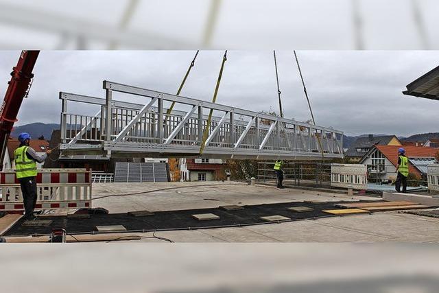 Verbindungsbrücke als Fluchtweg