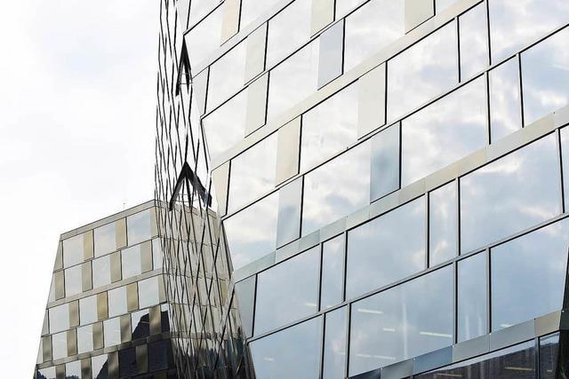 UB-Fassade wird noch immer nicht repariert – und das Amt schweigt