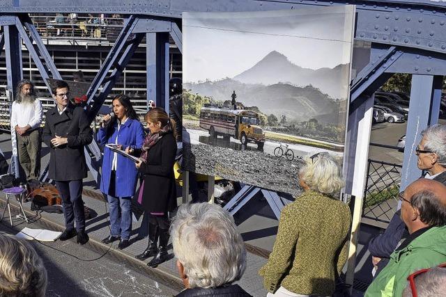 Auf der Wiwilí-Brücke hängen jetzt Bilder aus Wiwilí