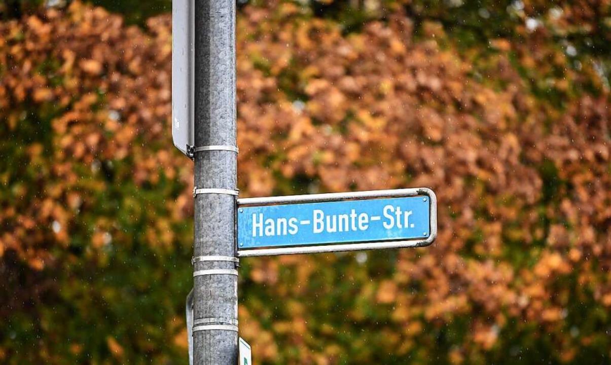 Der Tatort liegt an der Hans-Bunte-Str...n der Nähe des Clubs Hans-Bunte-Areal.  | Foto: dpa