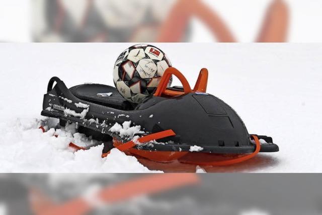 Der Winter schaut erstmals auf den Fußballplätzen vorbei