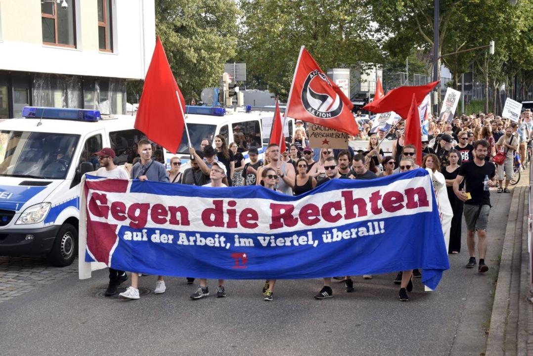 Unter dem Motto #Zusammenstehen wurde ... Juli 2018 gegen die AfD demonstriert.    Foto: Thomas Kunz