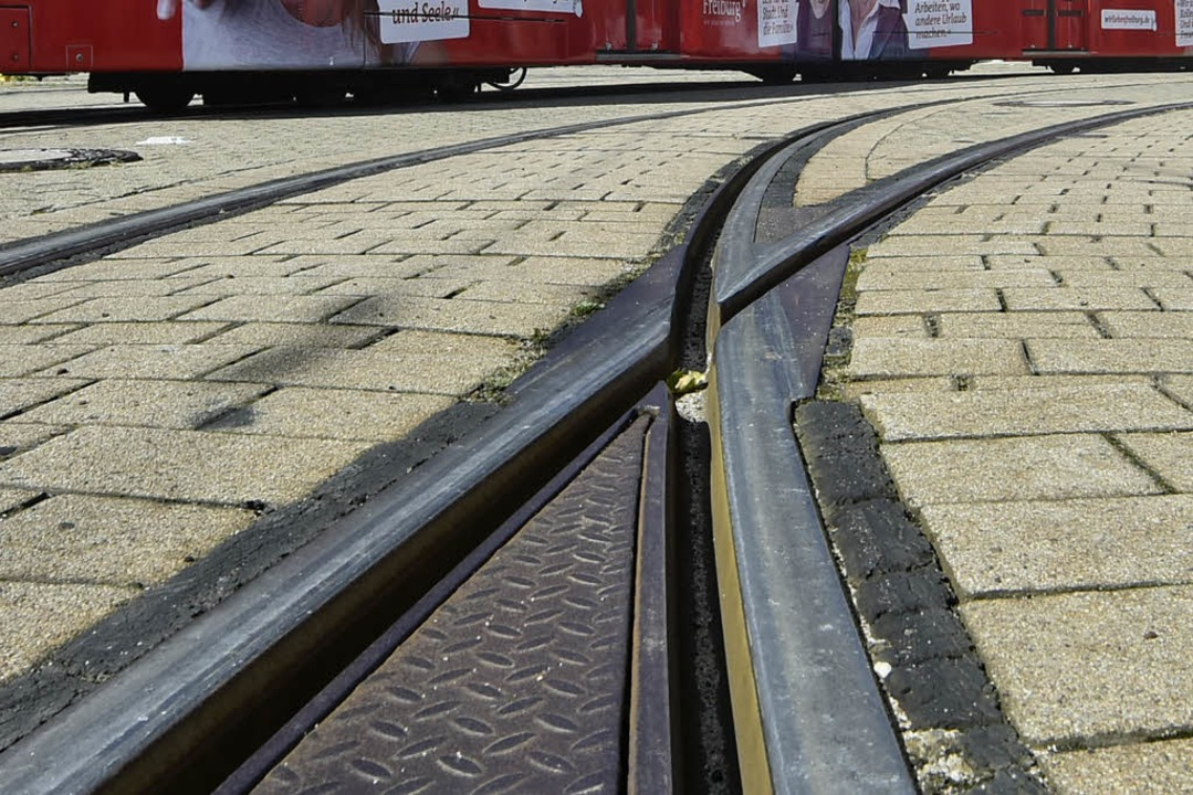 Die Straßenbahnen stehen am heutigen M...r, in der Freiburger Innenstadt still.  | Foto: Michael Bamberger
