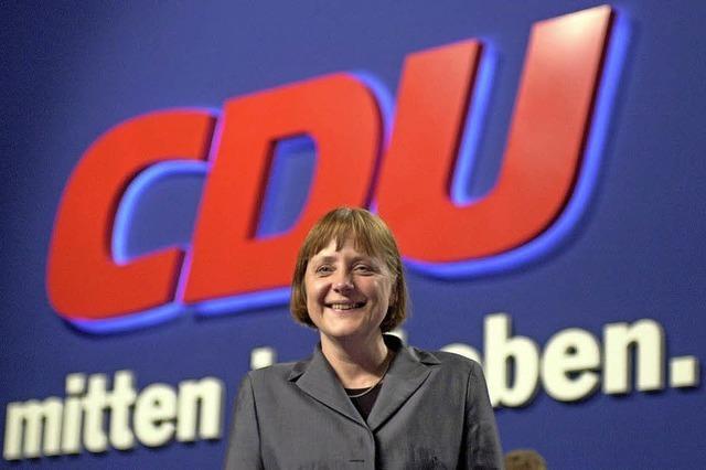 Merkel gibt CDU-Vorsitz ab, will aber Kanzlerin bleiben