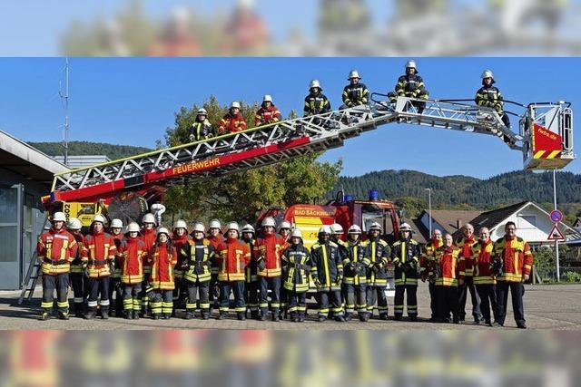 Feuerwehr-Grundausbildung absolviert