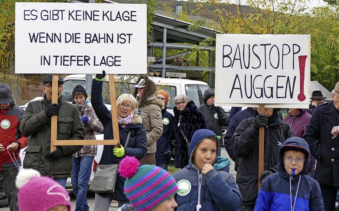 Protest-Demo beim Pressetermin der DB   | Foto: benedikt Hecht
