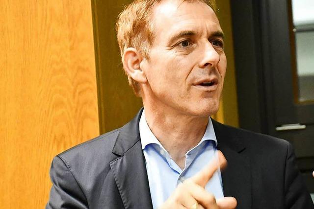 Der Lörracher Oberbürgermeister Jörg Lutz kritisiert das Stromurteil
