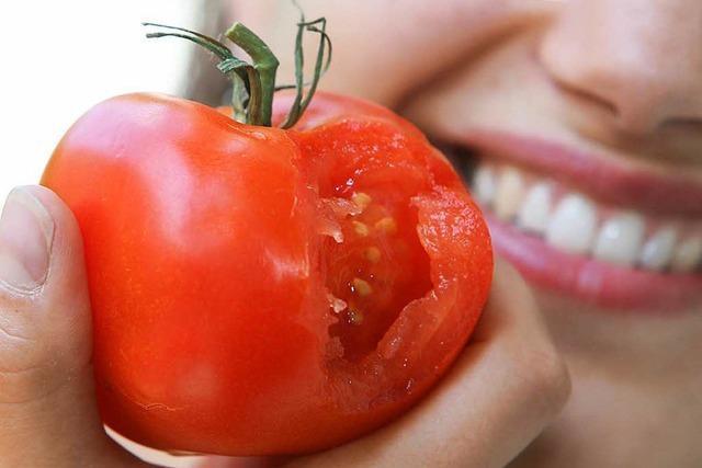 Gesuchter Räuber beim Tomatendiebstahl erwischt