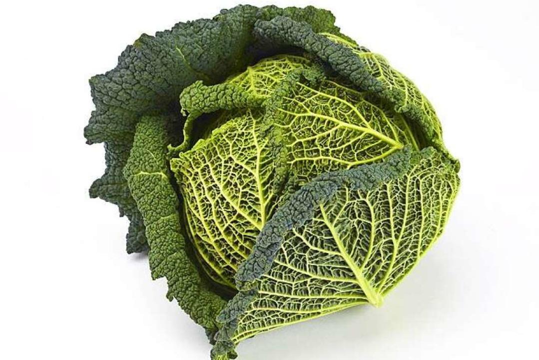 Kalium, Phosphor und B-Vitamine haben es sich  im Wirsing gemütlich gemacht.  | Foto: akf - Fotolia