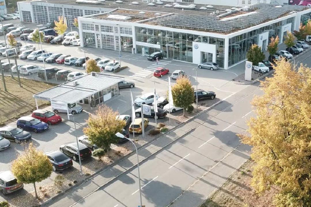 Die neu gegründete Gesellschaft Autoha...SAG an der Wiesentalstraße in Lörrach.  | Foto: Autohaus Stoll