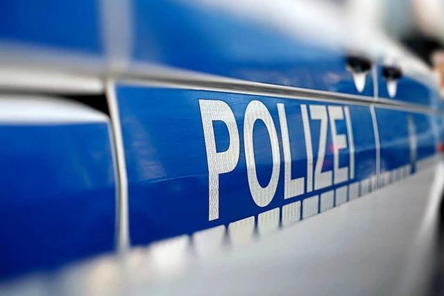 Unfallflucht in Lörrach – die Polizei sucht einen dunkelbraunen SUV