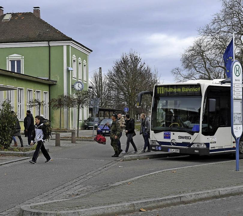 In den Abendstunden wurde die Buslinie...ach Badenweiler und zurück erweitert.   | Foto: Volker Münch
