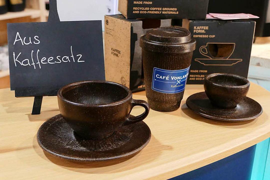 … bis hin zu Kaffeeatssen aus Kaffeesatz.  | Foto: Kathrin Ganter