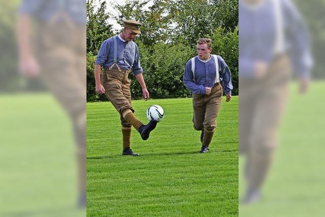 Wie man eine Feuerpause im Ersten Weltkrieg zum Kicken nutzte