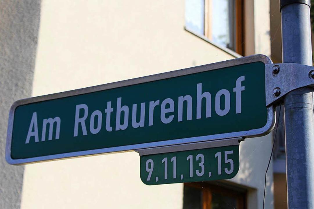 Vom historischen Rotburenhof ist heute...Hof stand, ist heute ein Neubaugebiet.  | Foto: Joshua Kocher