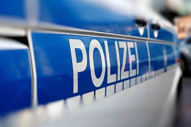 Drei Menschen verletzen sich in Lörrach bei einem Verkehrsunfall
