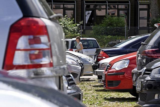 Stadt plant neue Parkplätze für Pendler