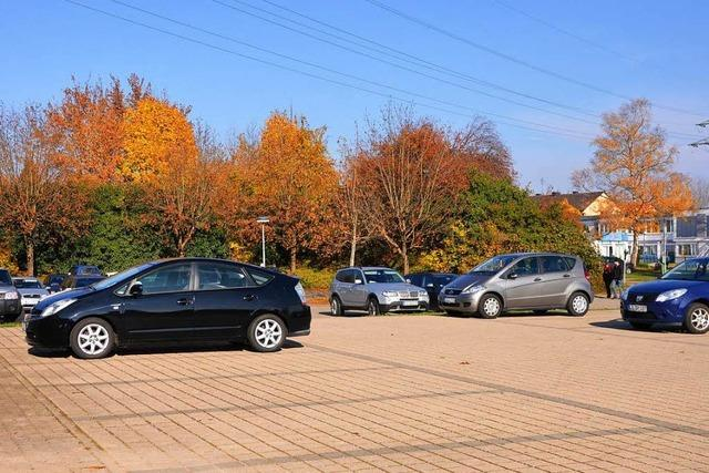 Plätze an der Gewerbeschule Rheinfelden kosten – Schüler parken in der Nachbarschaft