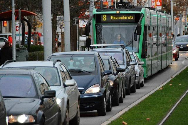 Verkehrsbelastung – Weiler sollen vom Bus auf die Tram umsteigen