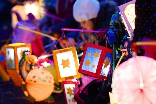 Warum manche Kindergärten ihren St. Martinsumzug lieber Laternenfest nennen