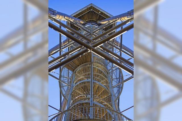 Leuchtender Turm
