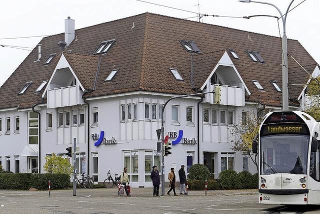 In den Freiburger Stadtvierteln sind die Bankfilialen weiter auf Rückzug