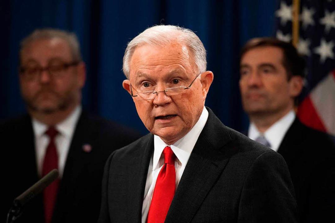 Jeff Sessions sagt, er habe seinen Rücktritt selbst eingereicht.  | Foto: AFP