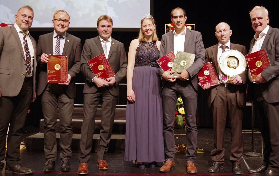 Mit Ehrenpreisen wurden am Donnerstag ...nigin Miriam Kaltenbach ausgezeichnet.  | Foto: Christeleit
