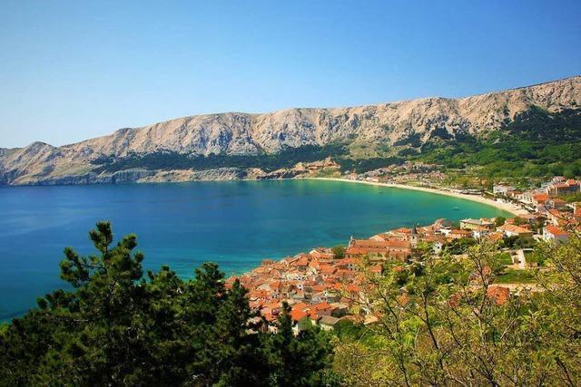 Genießen Sie den Frühling an Kroatiens Küste, inklusive Sonderflug ab Basel, Halbpension und landschaftlich reizvollen Ausflügen!