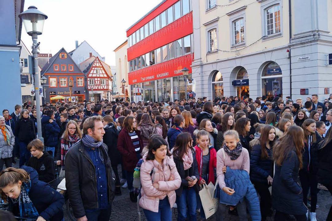 Gedenken an die Gräueltaten des 9. Nov...des Nationalsozialismus erinnert wird.    Foto: Christine Storck-Haupt